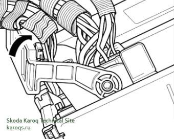 mib2-remove-skoda-karoq-04.jpg